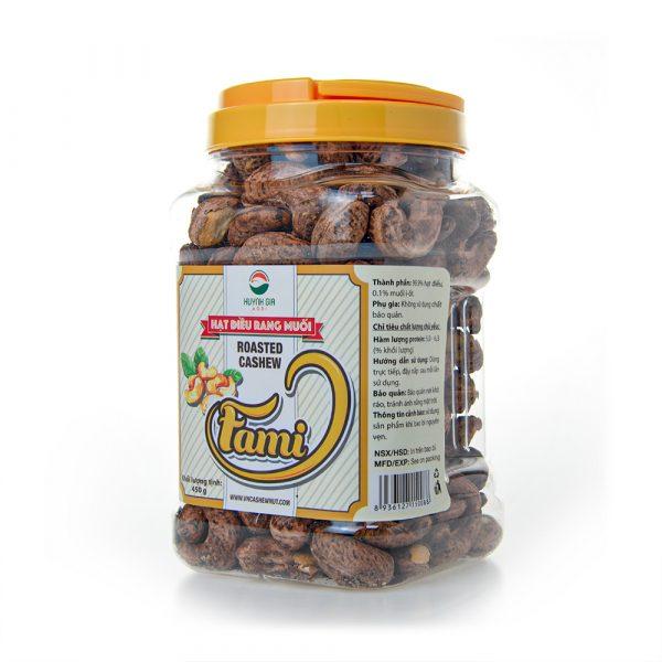 Cashew-Nuts-With-Salt-Tumbled-Jar
